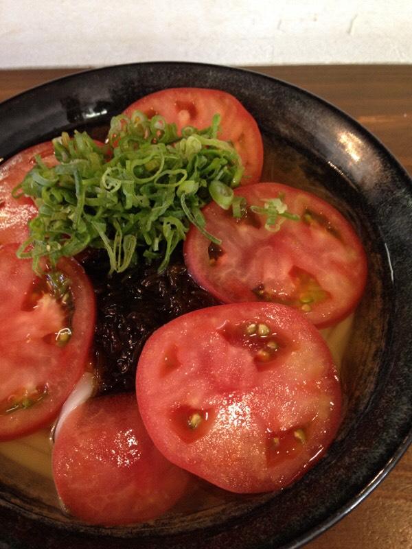 丸ごとトマトうどん